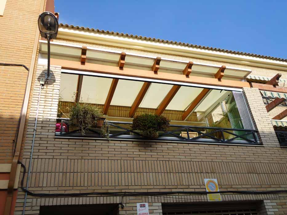Techos para terrazas ticos y patios castell n y for Techos terrazas fotos