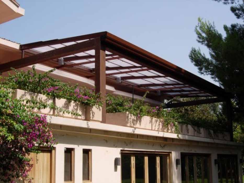 Techos para terrazas ticos y patios castell n y for Tipos de toldos para patios